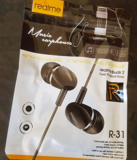 RealMe Buds HandFree Stereo Earphones with Mic 1